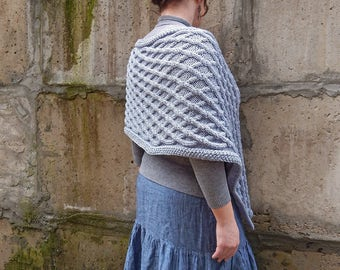 Knitted poncho, poncho sweater, knitted shawl gray, knitted wrap, Outlander inspired, boho clothing, knitted cover up, chunky knit poncho