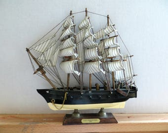 Vintage USS Constitution Model Collectible