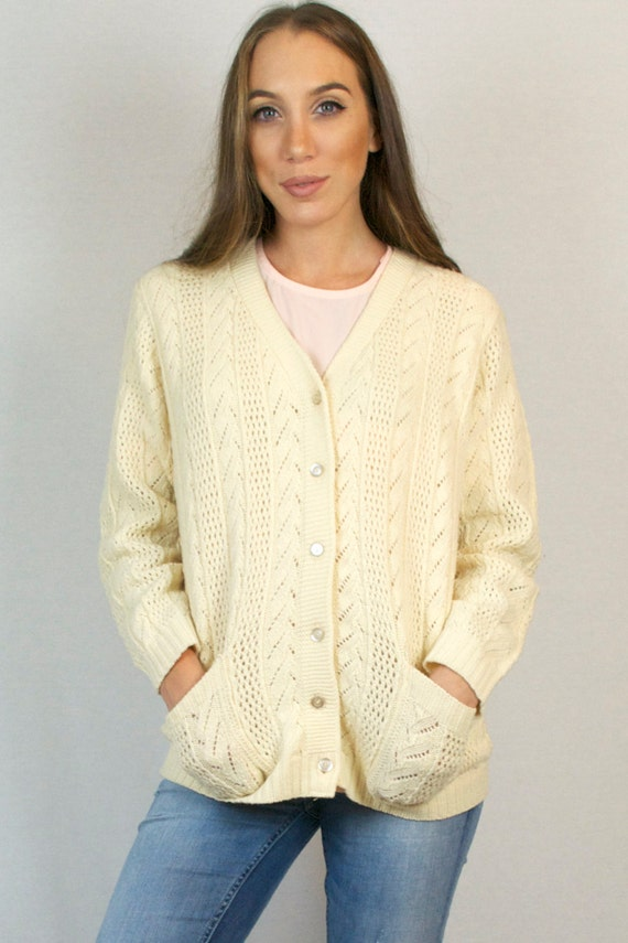 Vintage 80s Cable Knit Crochet White Ivory Button Down V Neck Cardigan Sweater