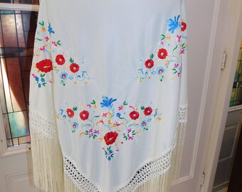 Vintage Embroidered Crocheted Fringed Shawl Wrap Scarf Spring Floral Scarf