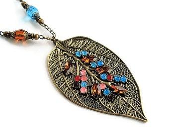 Leaf Necklace Woodland Jewelry Vintage Style Chain Necklace Everyday Jewelry Boho Necklace Leaf Jewelry Long Necklace For Her Charm Necklace