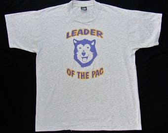 Vintage 1980s/1990s University of Washington Huskies T-Shirt ~ Fits L ~ soft thin 50/50 ~ UW ~ Pac 10 / Pac 12