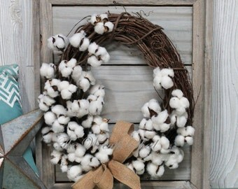 SHIPS FREE, Cotton Wreath, Farmhouse Wall Decor, Rustic Frame, Natural Cotton Bolls, 2nd Wedding Anniversary, Reclaimed Wood Frame