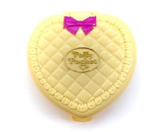 Vintage 1994 Polly Pocket Nursery Yellow Heart Compact Pink Bow Lace Original Bluebird 90s Original Retro Fairy Kei Kawaii Doll Baby Pastel
