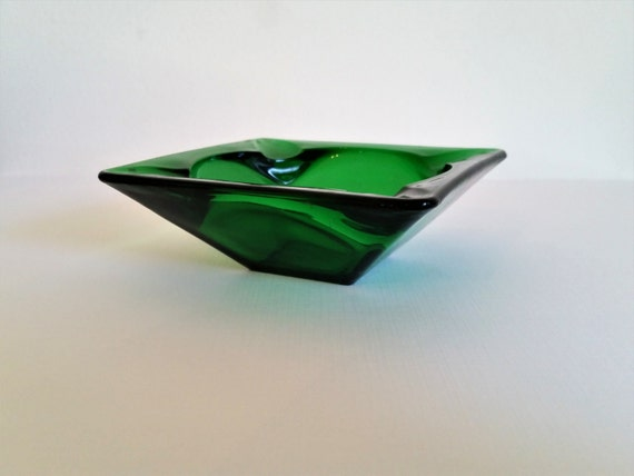 Mid Century Modern Art Glass Ashtray | Emerald Green Minimalist Design | Vintage 1960's Bar Decor / Smoking Accessories | Catch-All Tray