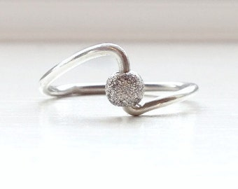 Beaded Fidget Ring for Women, Beaded Fiddle Ring, Fidget Jewelry, Worry Ring, Spinner Ring, Meditation Ring, Anxiety Ring, Sterling Silver