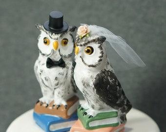 Owl wedding cake topper, library owl cake topper, bird wedding cake topper, handmade wedding cake topper, owl with books wedding cake top