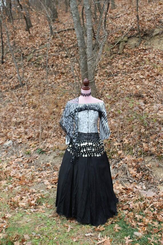 Gypsy, Pirate, 6-piece Renaissance Costume, Medieval, Goth Dress, Size Medium