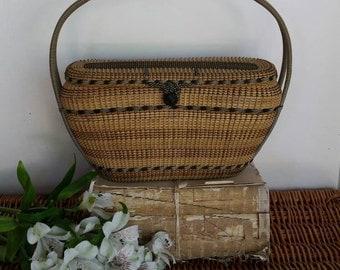 Basket/Woven Handbag/Basket with lid/Basket purse/Basket with handle/Tote