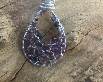 Tear drop pendant silver, purple