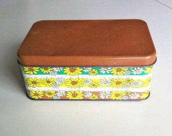 1960s - 70s Brown & Yellow Daisy Metal Tin , Retro Mod Daisies Storage Box , Vintage Floral Tin