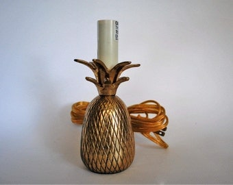Small Vintage Brass Pineapple Lamp // Hollywood Regency Lamp