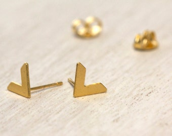 Small V-Shaped Stud Earrings, Gold Plated Earrings, Delicate Post Earrings, Dainty Gold Earrings, Tiny Brass Studs, Everyday Post Earrings