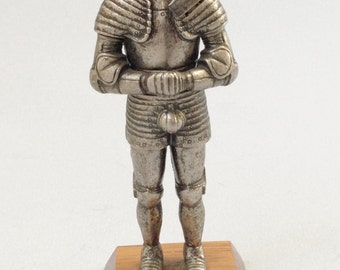 Knight in suit of armour statue, King Henry VIII figurine, Foot combat armour ornament