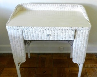 Vintage Wicker&Wood Desk. Cottage Home Furniture. Southern Home. 1950