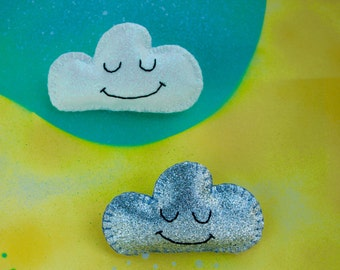 Sparkly cloud badge / sparkle brooch / pin made with glitter fabric and felt