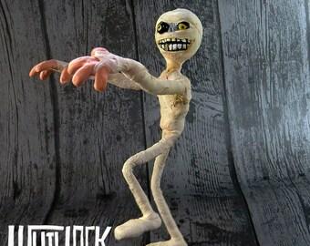 Posable Mini Puppet - The Mummy