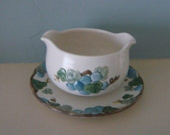 Metlox Poppytrail Gravy Boat  Blue Sculptured Grape and Attached Underplate