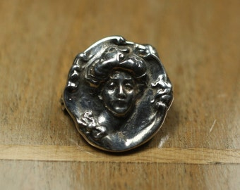 cute 1900s silver brooch, art nouveau, female relief