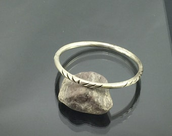 Carved Minimalist Sterling Silver Bangle Bracelet in Southwestern Style with Geometric Cut Outs