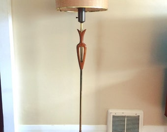 Mid Century  Modern Teak Lamp. Tri-Light with a Fibreglass Shade.
