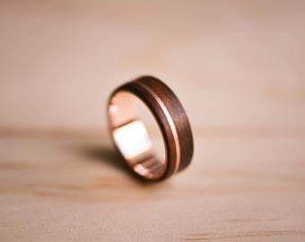 Solid Rose Gold Inlay and Liner in Santos Rosewood Bentwood Ring