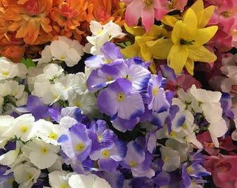 6 Silk flowers