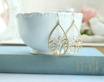 Large Gold Nature Inspired Lace Earrings, Gold Plated Textured Filigree Earrings, Boho Moroccan Earring, Bridesmaid Gift Large Lace Filigree