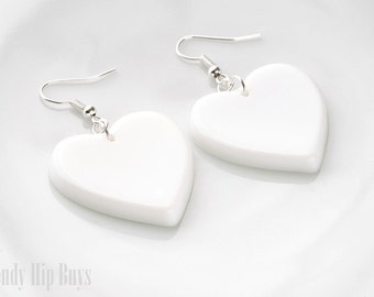 Heart Earrings, White Heart Earrings, White Dangle Earrings, Heartshaped earrings, White Heart dangle earrings, Kawaii earrings, Handmade