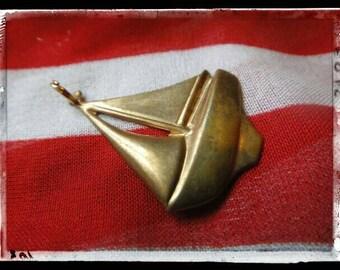 Vintage gold color leaf charm necklace charm gold vintage jewelry sail boat Sailboat pendant