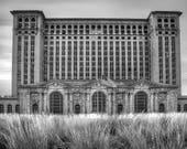Canvas/Metal Print: Michigan Central Station-Black & White