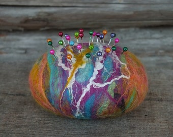 Multicolored Felted Pin Cushion, Wet Felted Pincushion with Pins, Modern Felt Pin Cushion