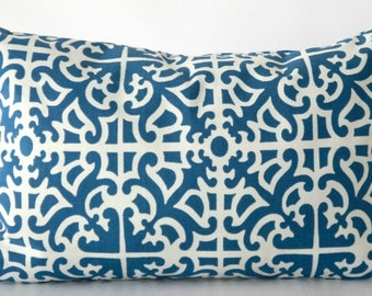 Geometric Pillow Cover blue and white, blue white pillow cover, lumbar pillow cover, blue white pillow, 12x18, 12x16, 14x20 pillow