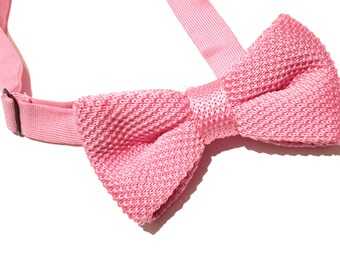 Pink Knitted Bow tie, Mens Bow Tie, Pre-tied bow tie, Adjustable Bow Tie, Double Bow Tie