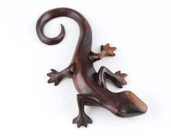 Hand Carved wood lizard made to hang on your wall - Wooden Lizard - Sono Wood lizard carving - Carved spirit animal - wood lizard