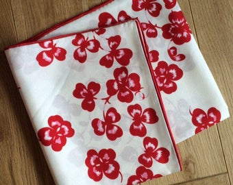 Vintage 100% silk twill scarf three leaf clovers print. 90x90cm.red