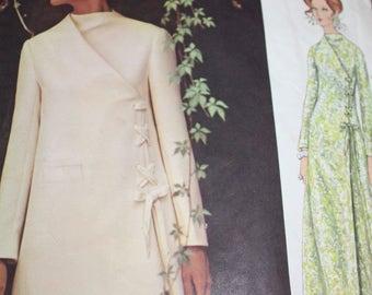 Vogue Couturier Design Dress Pattern by Fabiani---Vogue 2265---Size 12 Bust 34