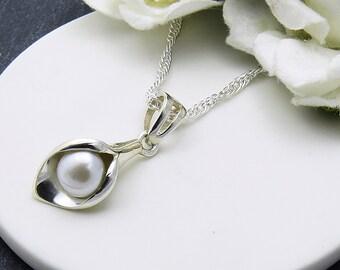 Sterling Silver Calla Lily Necklace, Silver Lilly with Freshwater Pearl Necklace, Pearl Necklace
