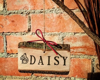 Personalised Woodland Christmas Decoration Name or Message Plaque