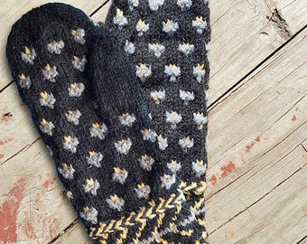 Spring Chicks Mitts Knitting Pattern