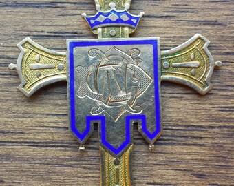 Victorian Notre Dame Graduation Cross