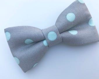 Gray with mint dots bow tie. Gray Polka dots bow tie. Easter polka dots bow tie. Polka dots baby bow tie. Gray and mint man bow tie.