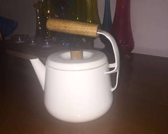 RARE Seppo Mallat Finel tea pot