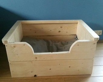 Wooden dog basket