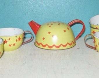 1950's Little Girl's Tin Tea Set, Yellow And Red, Cream And Sugar, Three Tea Cups, Tea Pot, 4 1/2 Inch Tea Pot, 2 Inch Cups,