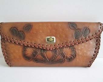 Vintage 1970s Leather Tooled Wallet Floral Design