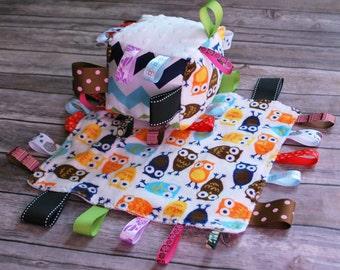 Gender Neutral Newborn Ribbon Minky Taggie Sensory Two Piece Set of Cuddle Lovie Blanket and Jingle Cube in Owls