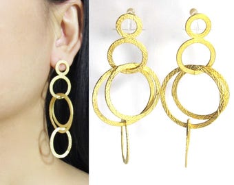 Chandelier Clip on Earrings |23E| Matte Gold Interlocked Circles Clip-ons hoop Earrings Big Bold Statement Runway Dangle Clip on Earrings