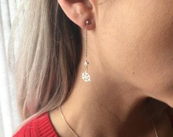 Snowflakes & Swarovskis Earrings // winter jewelry / snowflake jewelry // sterling silver// long drop earrings // Swarovski crystals
