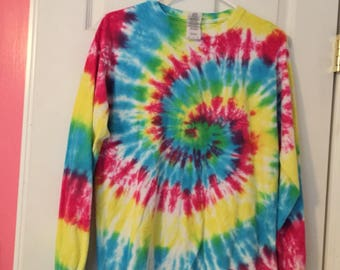 Long sleve tie dye shirt